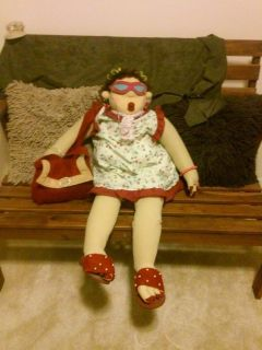 Funny Quirky - Sitting Grandma Detailed Doll