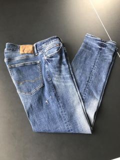 American eagle jeans 31x32