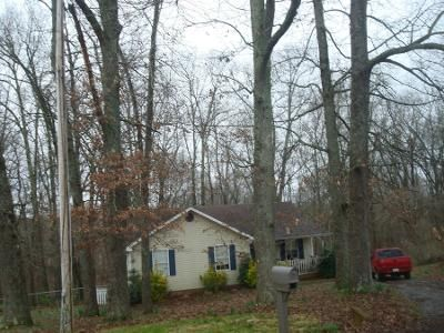 2 Bath Preforeclosure Property in White House, TN 37188 - Robert Ave