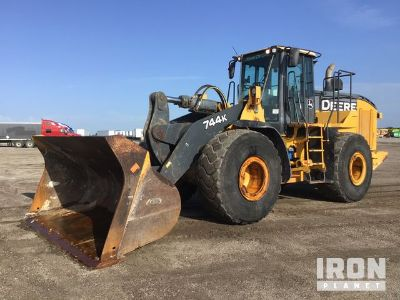 2013 (unverified) John Deere 744K Wheel Loader