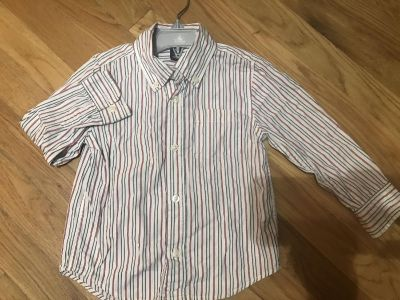 Toddler boys Gap button down shirt size 3t like new
