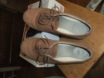 women's SAS shoes