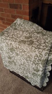 Green/White print throw, queen size