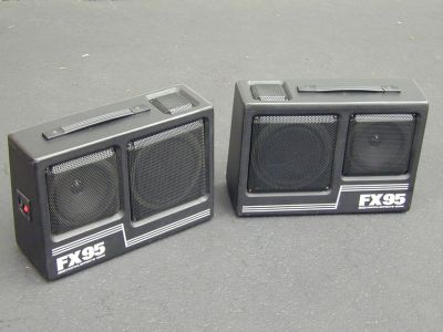 Kraco FX95 Portable Stereo Box Speakers for Car Truck Patio Pool Etc.
