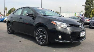 2016 Toyota Corolla L (Black Sand Pearl)