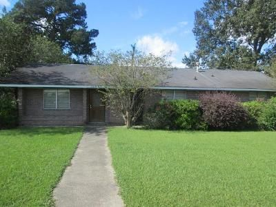 3 Bed 2 Bath Foreclosure Property in Baton Rouge, LA 70809 - Kinglet Dr