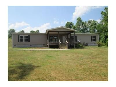 4 Bed 2 Bath Foreclosure Property in Athens, TN 37303 - County Road 105