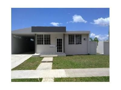 3 Bed 2 Bath Foreclosure Property in Hormigueros, PR 00660 - Estancias Del R
