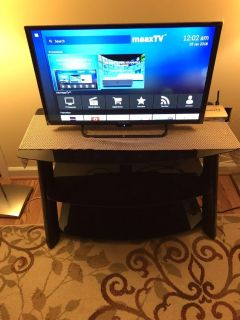 32 TV + TV Stand