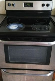 Frigidaire Glass top Electric Stove