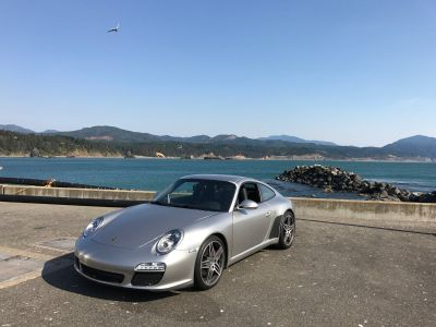rare 2012 997.2 6MT C2S in platinum silver in excellent mechanical condition