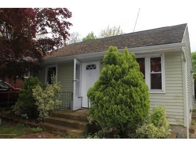 2 Bed 1 Bath Foreclosure Property in Freehold, NJ 07728 - Bond St