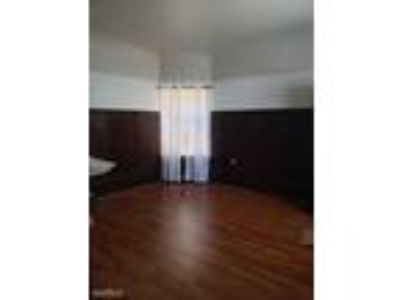 One BR One BA In Oakland CA 94612