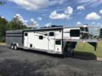 2019 Lakota 16 Livestock Trailer with 11 Living Quarters & Mid Tack