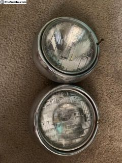 Complete set of Bay window headlight