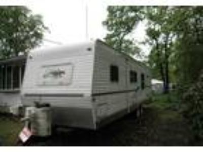 2005 Palomino RV Puma Travel Trailer in Browns Mills, NJ