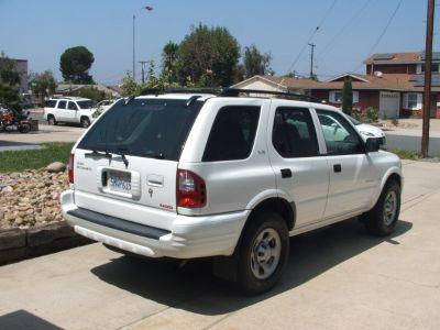 2001 Isuzu Rodeo 4-Wheel Drive SUV