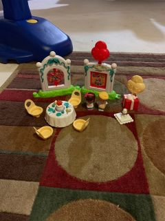 Little People Birthday Party. $8.