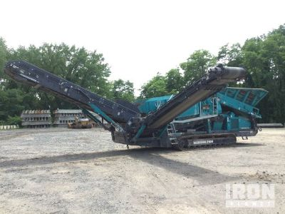 2015 Powerscreen Warrior 2100 Tracked Mobile Screen Plant