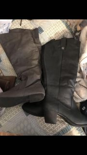 Wide Calf boot size 10 .GUC black available