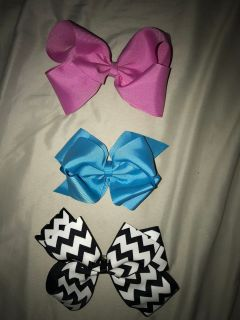 Bows $3 for all