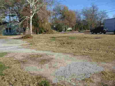 0 College 850 Pinchback Beaumont, Prime corner lot on