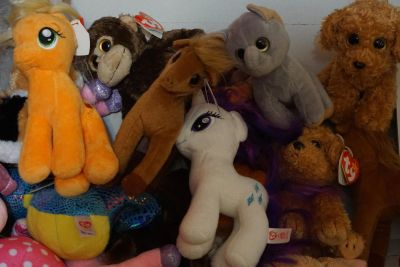 BEANIE BABIES AND BOOS 5$ ea ONLINE 10$+