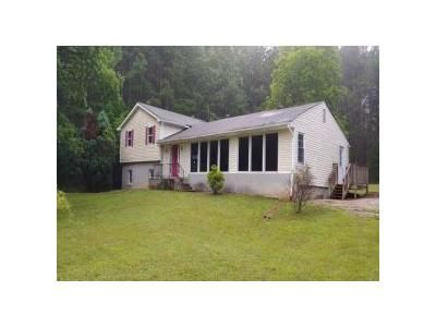 3 Bed 2 Bath Foreclosure Property in Newnan, GA 30263 - Welcome Arnco Rd
