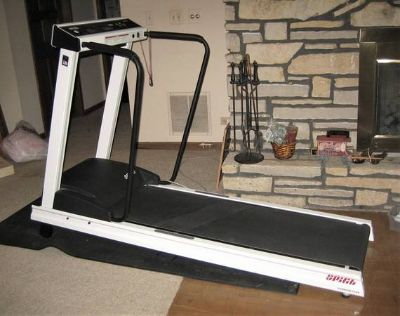 Spirit Fitness SR 225 Treadmill