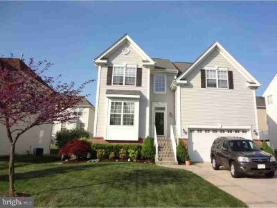 8 Liberty Trl Delran Four BR, Gorgeous Colonial with all the
