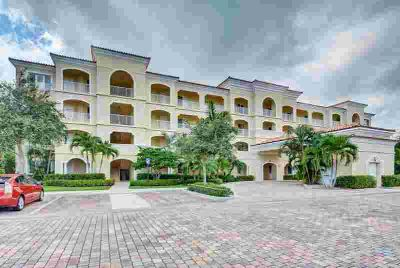 34 Harbour Isle Drive W #102 Fort Pierce Two BR