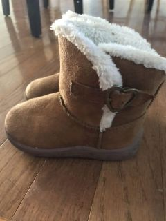 Toddler girls boots - size 5