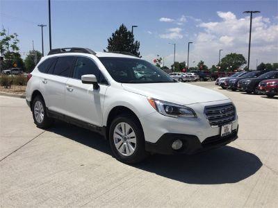 2017 Subaru Outback 2.5i (Crystal White Pearl)