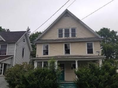 3 Bed 1.5 Bath Foreclosure Property in Salamanca, NY 14779 - Jefferson St