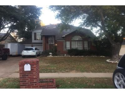 3 Bed 2 Bath Preforeclosure Property in Flower Mound, TX 75028 - River Birch Dr
