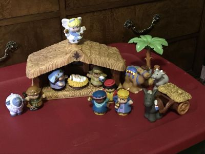 F/P Little People Lights/Sounds Exclusive Manger.