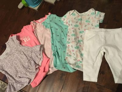 9 month lot of baby clothes