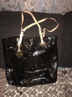Authentic MK large bag 50 firm