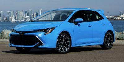 2019 Toyota Corolla Hatchback XSE CVT (Blizzard Pearl)
