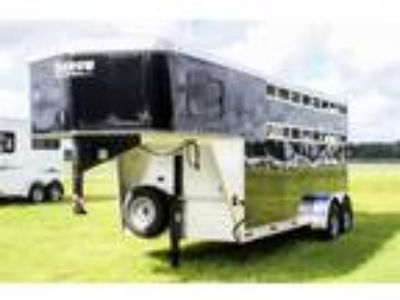 2019 Shadow 2019 Shadow Stablemate 3H Slant Stock GN 3 horses