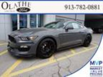 2018 Ford Mustang Gray, new
