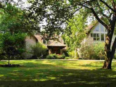 1409 Cedar Point Road Sandusky Four BR, Own this impressive home