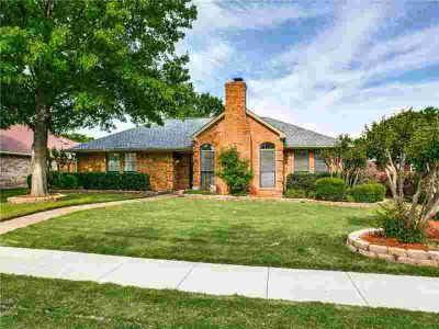 656 Quail Lane COPPELL Three BR, Fabulous 1 story sits on a