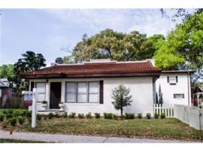 Adorable historic 3/3 in the heart of Bartow