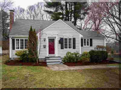 19 Sutherland St Andover Three BR, FEELS LIKE HOME!