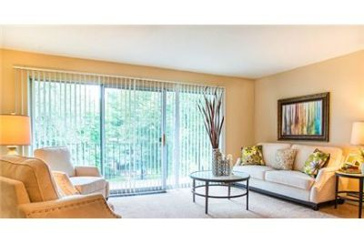 Paul - Wheelock features 1 and 2 bedroom apartments for rent in Saint Paul, MN. Washer/Dryer Hookup
