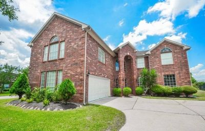 $4500 5 single-family home in SE Houston
