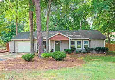 3310 Mustang Dr POWDER SPRINGS Three BR, This is a ONE-OWNER