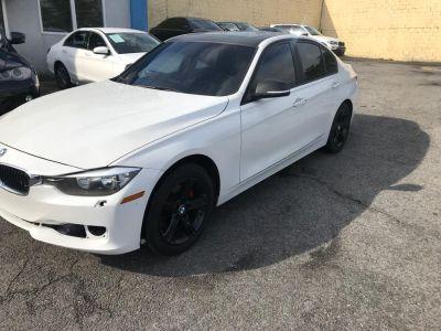 2013 BMW MDX 328i xDrive (White)