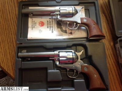 For Sale: Pair Ruger Vaqueros old model